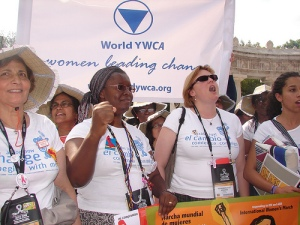 Nyaradzayi Gumbonzvanda, World YWCA General Secretary and Susan Brennan, World YWCA President at the 'AIDS 2008 Women and Girls' march in Mexico. August 4